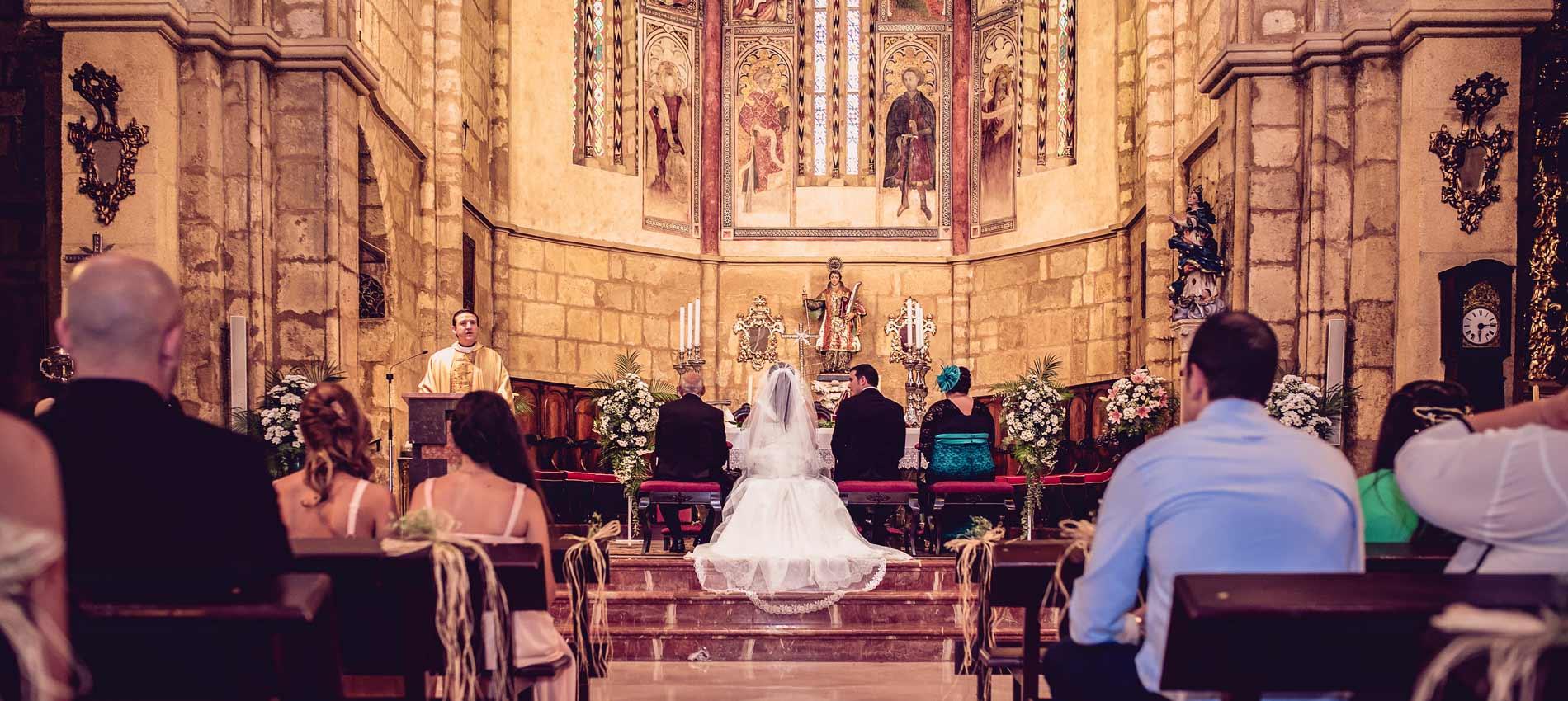 Reportajes de boda en Sevilla y Cordoba, ceremonia en la iglesia