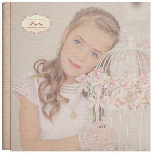 Álbum Vintage con foto de niña en grande impresa